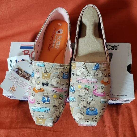 Skechers Shoes | Grumpy Cat Bobs | Poshmark